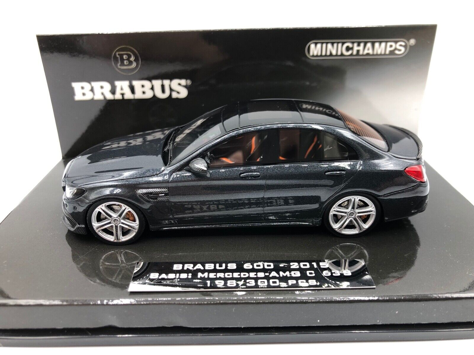 Mercedes Brabus 600 C 63  S AMG 2015 1 43 Minichamps 437036100  préférentiel