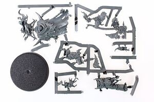Warhammer-40k-Death-Guard-Lord-of-Contagion-miniature-on-sprue