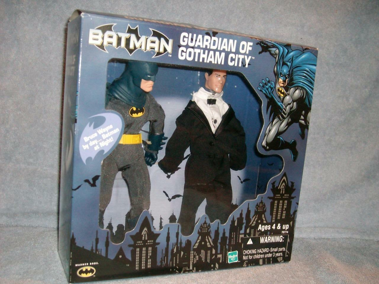 Batman By Night Bruce Wayne Day Guardian of Gotham City bluee Outfit Hasbro 2000