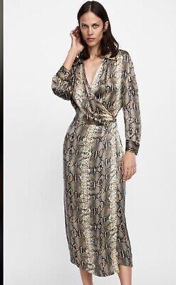 Collezione Qui Bnwt Zara Pelle Di Serpente Stampa Camicia Midi Abito Taglia Xs-mostra Il Titolo Originale