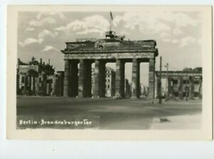 Vintage-Postcard-Brandenburg-Gate-Berlin-Germany-Ruins-After-WWII-Damage