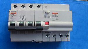DISJONCTEUR-DIFFERENTIEL-C60N-4P-C40-40A-300mA-AC-MERLIN-GERIN-26545-24232