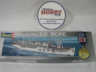 Revell Hospital Ship S.S. Hope 1/471 kit 00007