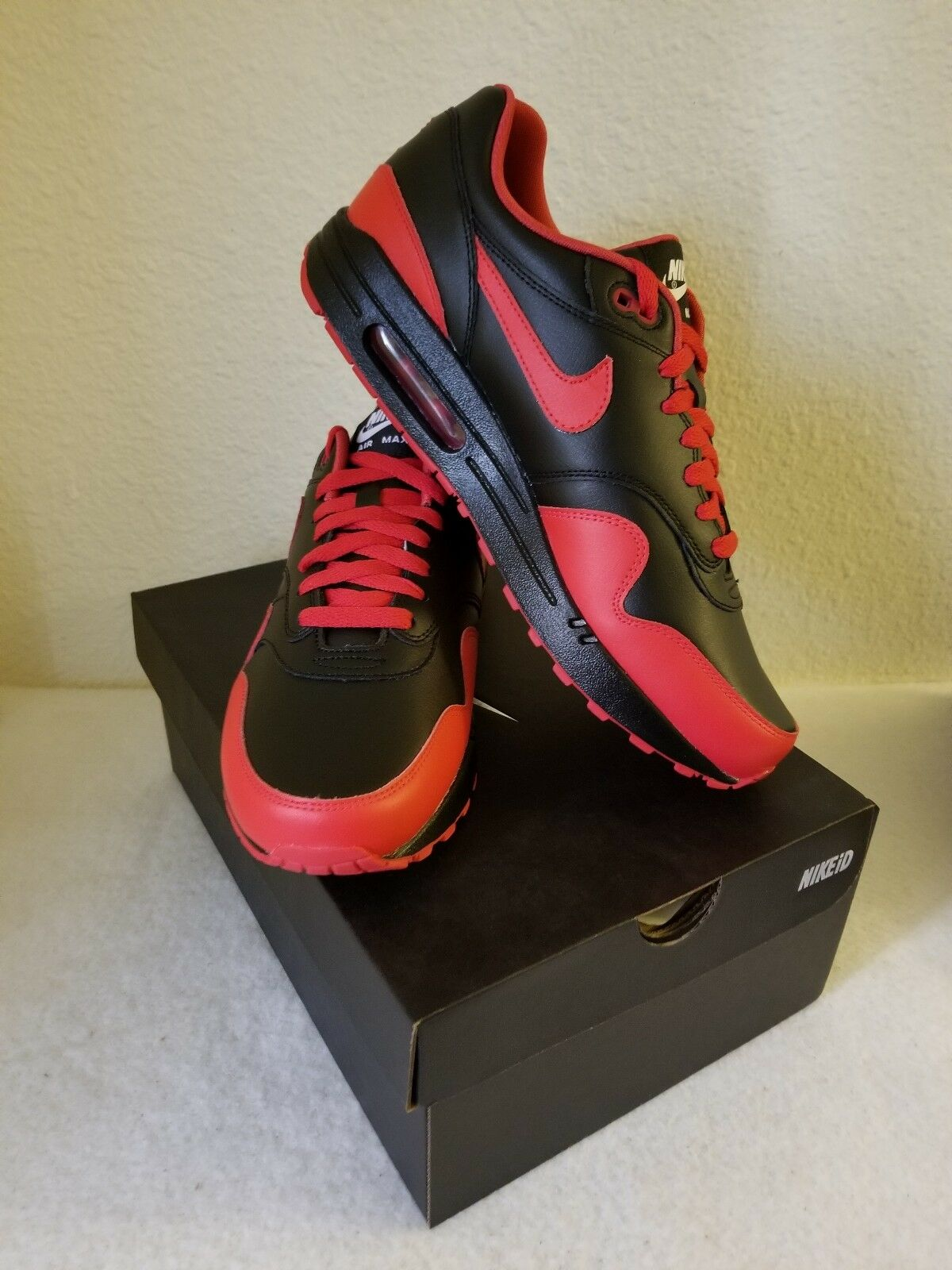 a4be392292 RARE Nike Air Max 1 NIKEiD Retro Bred Red Black colorway Size 10.5 ...