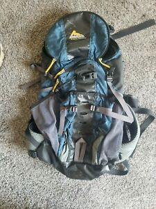 Gregory Backpack, Hiking, Camping, 35L Capacity, Hydration, Outdoor, Medium
