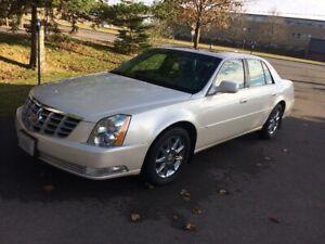 2011 Cadillac DTS Luxury