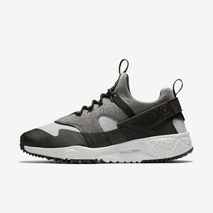 NIKE AIR HUARACHE UTILITY 806807 003 BASE GREY LIGHT ASH-BLACK ... b87dca63b