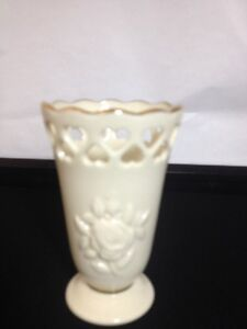 Stunning Lenox Rose Bud Vase With Decorative Heart Cut Out