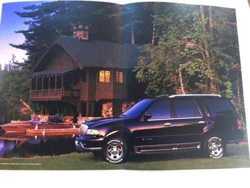 Town Car Navigator LS 2000 Lincoln 28-page Original Car Sales Brochure Catalog