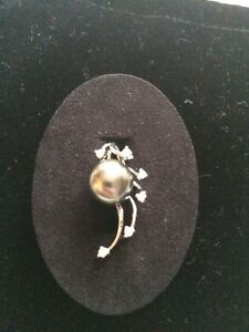 Tahitian-Pear-And-SI-Diamond-White-Gold-Pendant-New