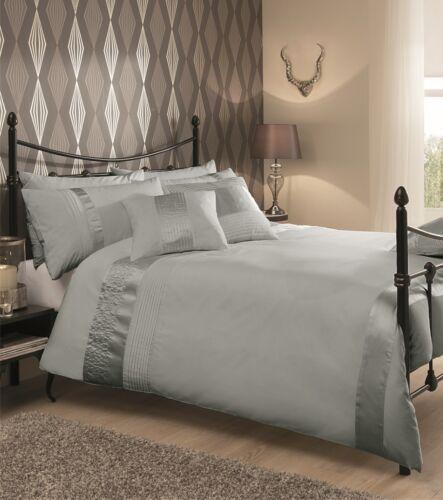 NEW Silver Luxury Modern Pleated Shiny Panel Bedding Duvet Set All Sizes
