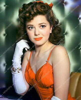 8b20-2399 cute pinup pose Ann Rutherford and a bunch of pumpkins 8b20-2399