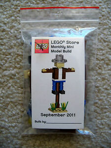 LEGO-Monthly-Mini-Build-Rare-Scarecrow-September-2011-w-Card