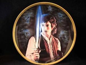 8-WEDGWOOD-DANBURY-MINT-FRODO-LORD-OF-THE-RINGS-PLATE-PLAQUE-WITH-SWORD-RAISED