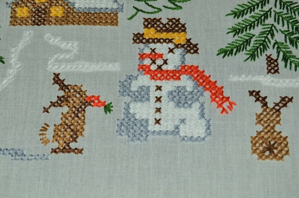 FROSTY SNOWMAN & BUNNY FRIENDS  VTG GERMAN CHRISTMAS HAND EMBROIDErouge TABLECLOTH