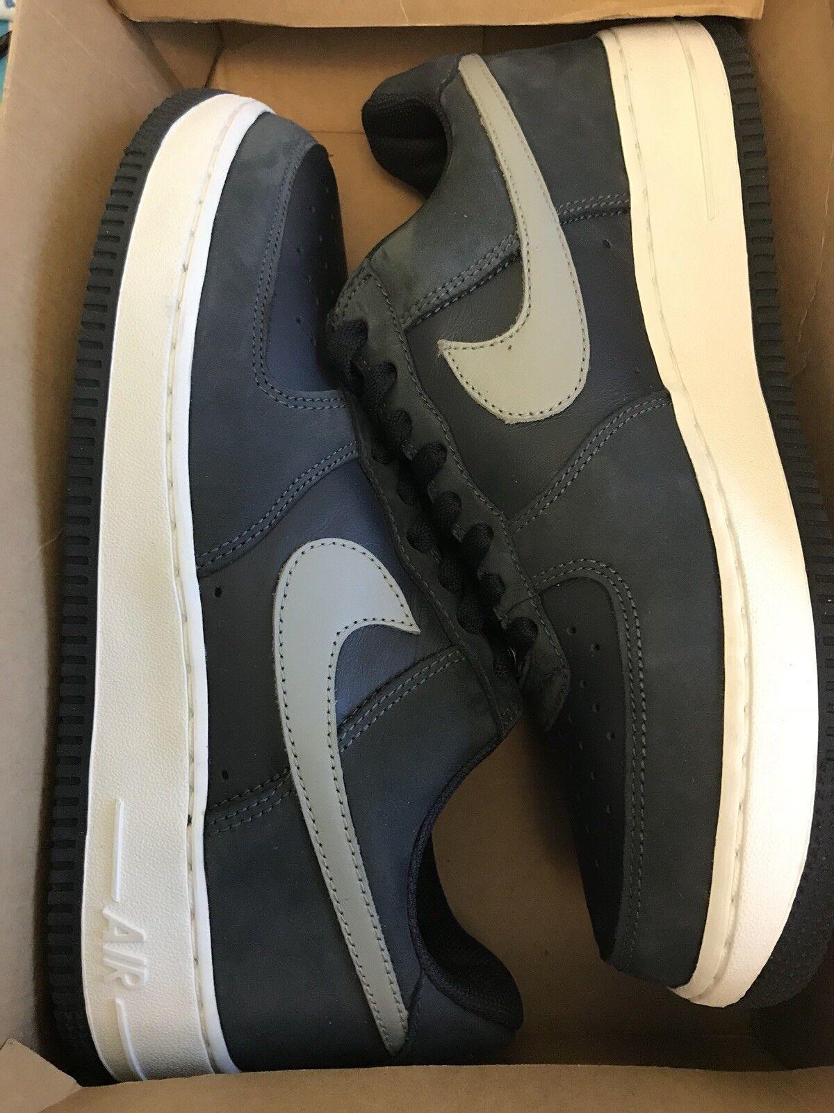 04 Nike Air Force 1 306353 402