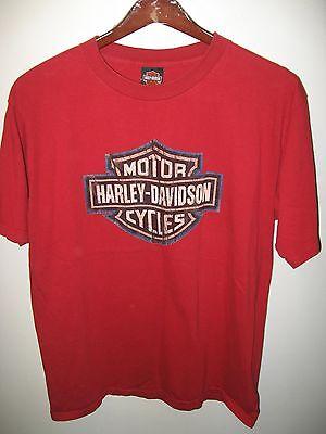 Harley Davidson Motorcycles Juneau Avenue Milwaukee Wisconsin USA Red T Shirt XL