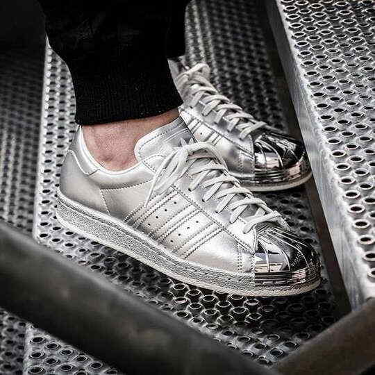 Adidas Superstar argent Argent Metal Toe S82741 Brand New in Box UK taille 6