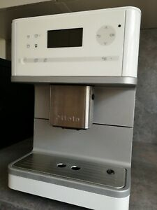 Miele CM 6100 Lotus Weiss One Touch Kaffeevollauto