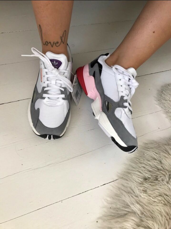Sneakers, str. 40, Adidas