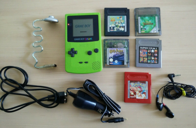 Nintendo Game Boy Color, God, Inkl. - lampe - linkkabel…