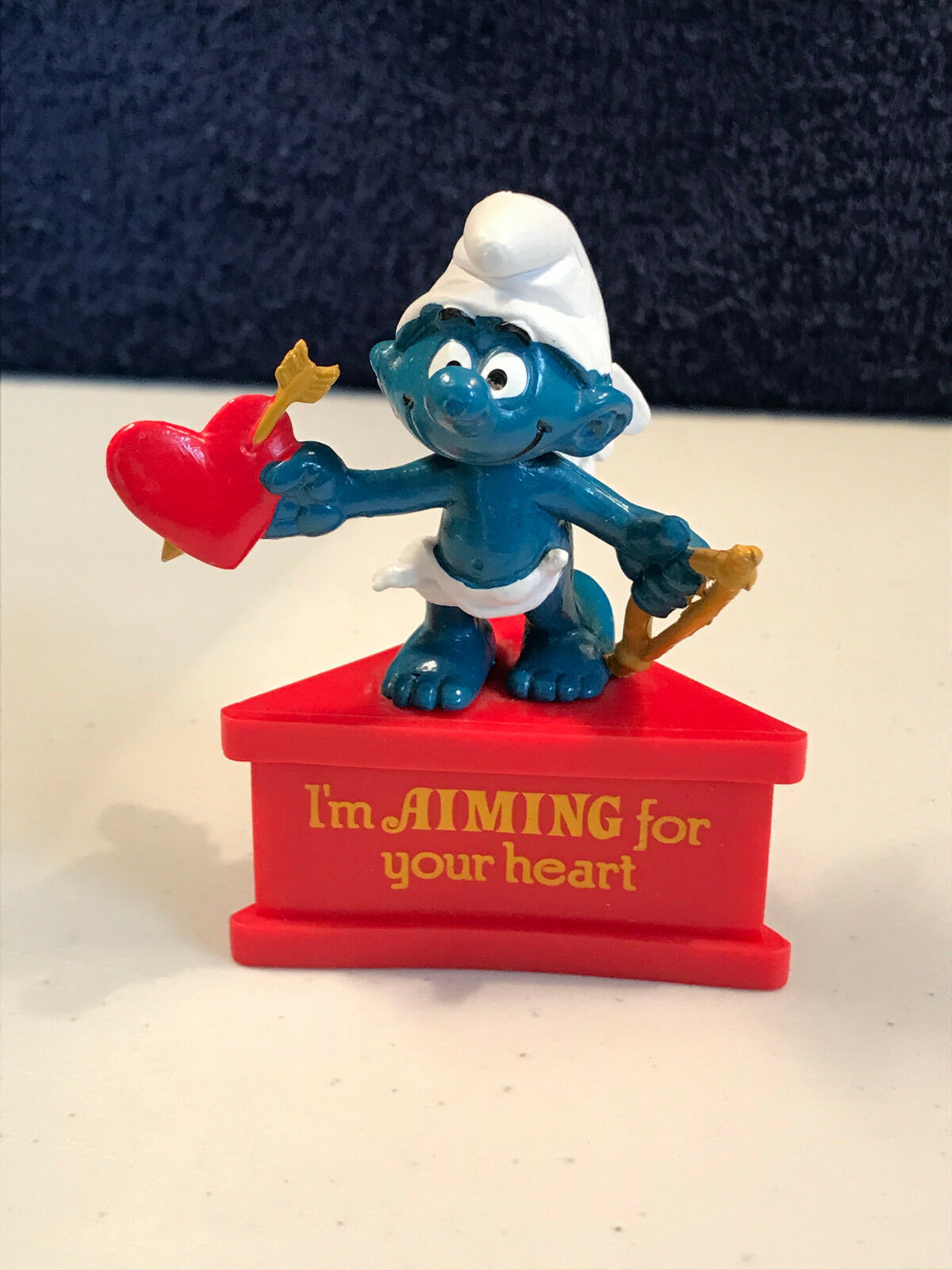 Smurf A Gram Aiming For Your Heart Cupid Vintage PVC Figure Valentines Figurine