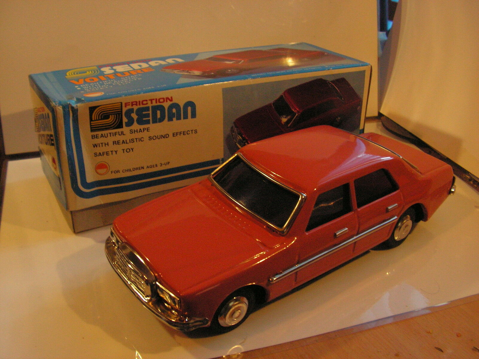 MERCEDES  250-450 TIN TOY JOUET TOLE 70's  1 18 FRICTION  MF 254