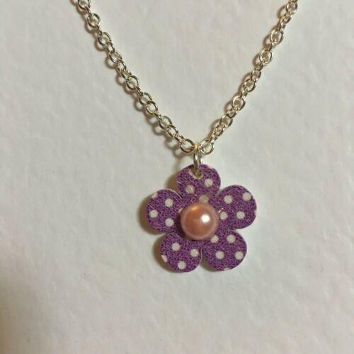 Vendedor Reino Unido Funky Púrpura Madera Lunares Flor Colgante Plata Plateado Cadena Retro