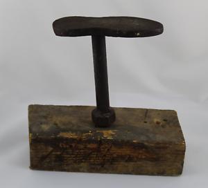 Antique Anvil Of Cobbler Or Tree Metallic IN Cast Iron