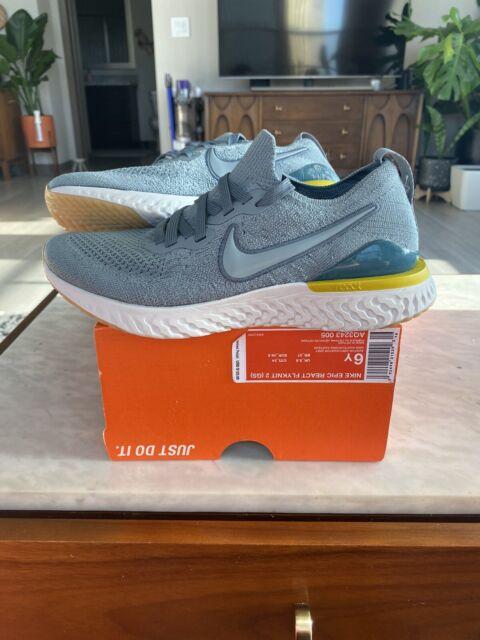 Nike Epic React Flyknit 2 Running Shoe AQ3243-005 Youth Size 6Y Women's Size 7.5
