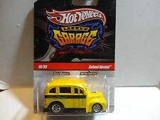 Hot Wheels Larry/'s Garage #10 Yellow School Busted  w//Real Riders