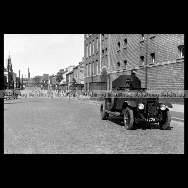 #pha.018642 Photo ROLLS-ROYCE ARMOURED CAR Car
