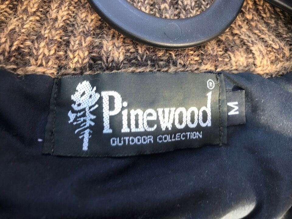 Jagttøj, Pinewood, laksen