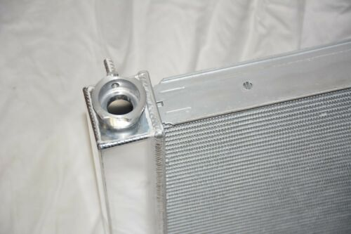 Universal Aluminum 31 x 19 Street Rod Dual Pass Core Radiator Chevy GM Outlets