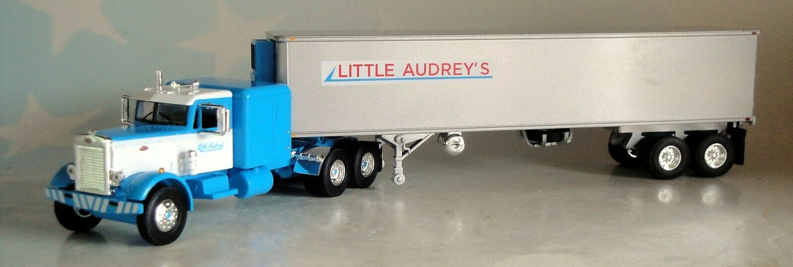 FIRST GEAR LITTLE AUDREY'S  PETERBILT 351 VINTAGE 40' REEFER TRAILER 60-0493