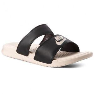 Détails sur Nike Femme Duo Benassi CURSEUR DIAPOSITIVE Enfiler Tongs Piscine Sandales Noir Crème afficher le titre d'origine
