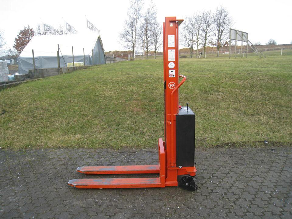 B. T. Træk / Skub Stabler