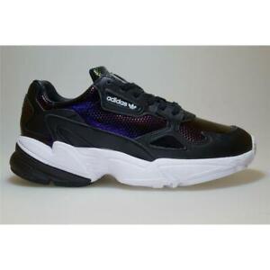 Adidas-Falcon-W-schwarz-EF5517-Sneaker-Schuhe-Frauen-Out-Loud