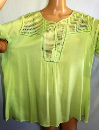 Skye/'s the Limit Women Plus Size 1x 2x 3x Pale Lime Green Tunic Top Blouse Shirt