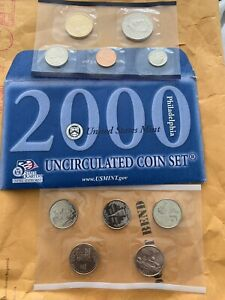 2000 UNCIRCULATED Genuine U.S MINT MINT SET ISSUED BY U.S
