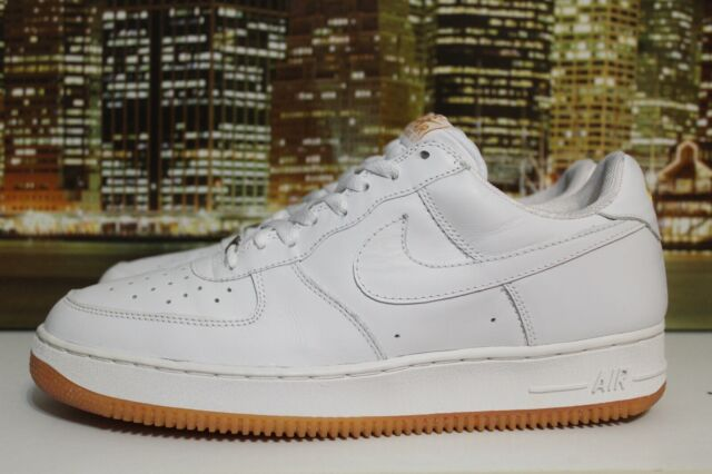 1 Sneakers 12 White Sole Air Nike Gold Vintage Basketball Size Force Gum 2003 tQhCxdBsor