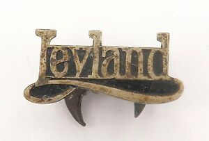 SCARCE-VINTAGE-FATTORINI-LEYLAND-LAPEL-BADGE