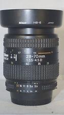 Nikon 28-70 mm 1:3.5-4.5 D AF Objektiv für Nikon FX und DX