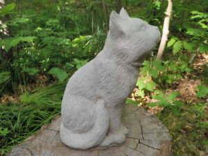 Cement-9-034-Star-Moon-Gazing-Kitten-Cat-Garden-Art-Statue-Concrete