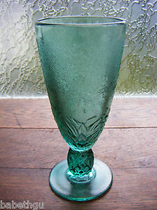 VASE-SUR-PIED-VERRE-TORSADE-ART-DECO-FRANCE-verre-epais-granite-vert
