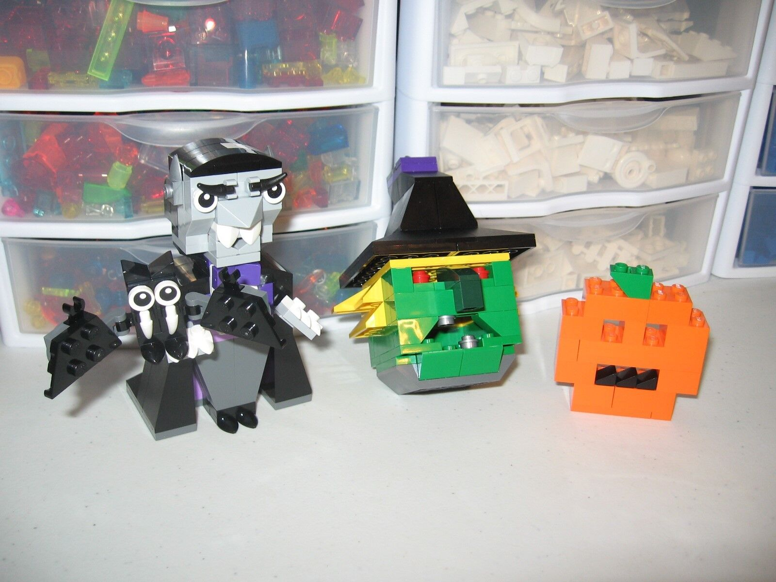 LEGO     HALLOWEEN        BUILT FOR DISPLAY AND PICTURES