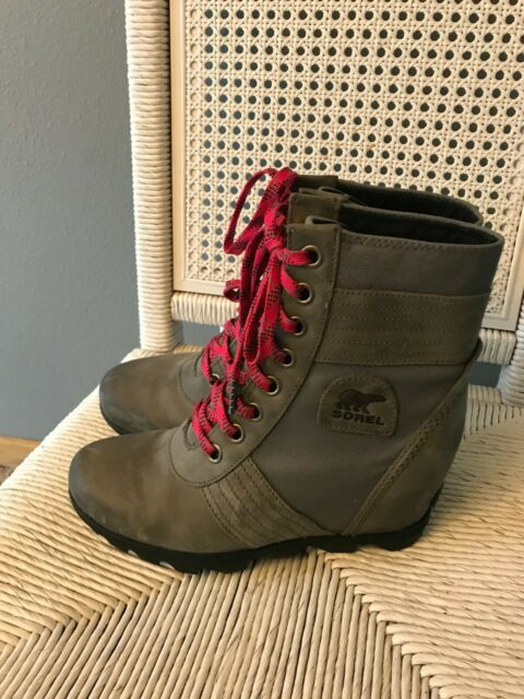 Sorel lexie wedge NuBuck Touchyquarry, BOOTS Size 9