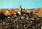 CPM MAROC Le Maroc Pittoresque. Marrakech. Place Djemaa El Fna (342516)