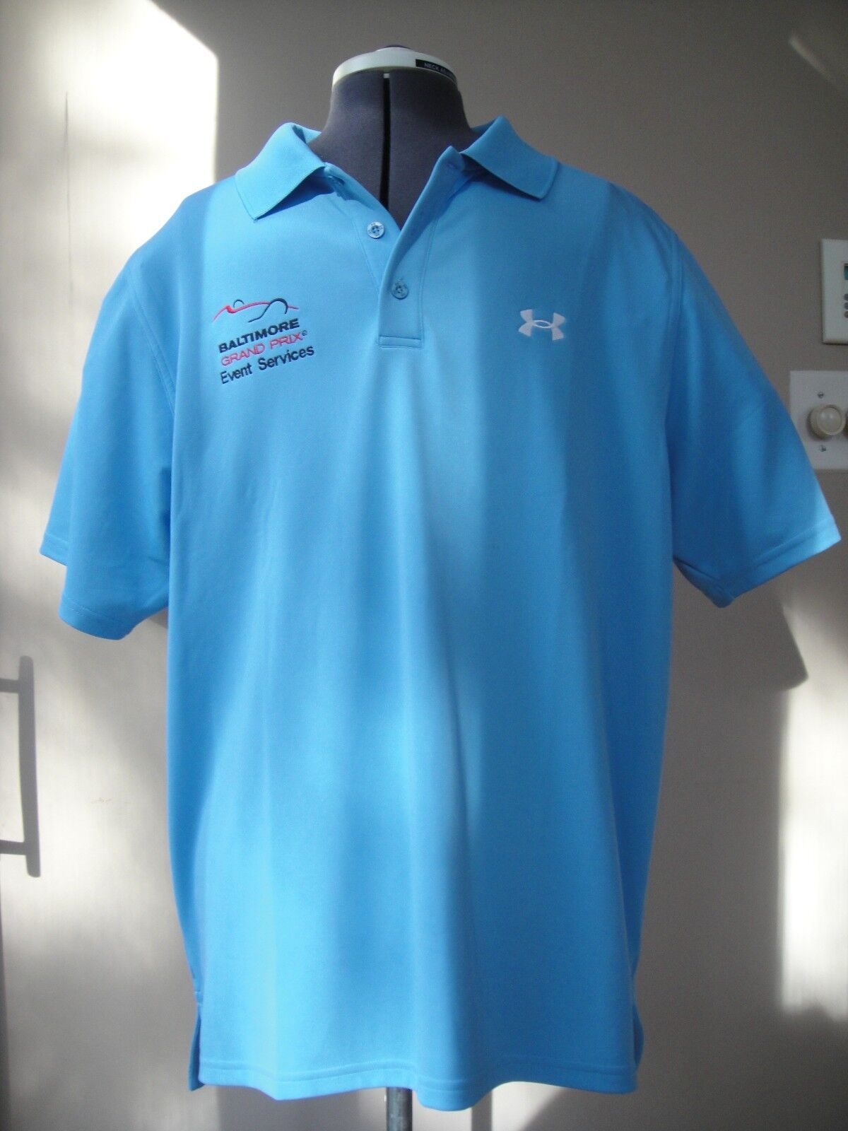 Lot 2 of 2 Lot Tommy Bahama Short Sleeve Polo Rugby Shirts Large Minimal Wear NICE c61a2b