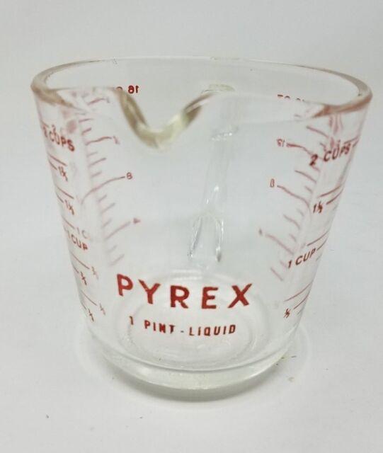 ff3d91428 Vintage PYREX Measuring Cup D Handle No Metric 516 2 Cup 16oz 1 Pint Spout  Print for sale online